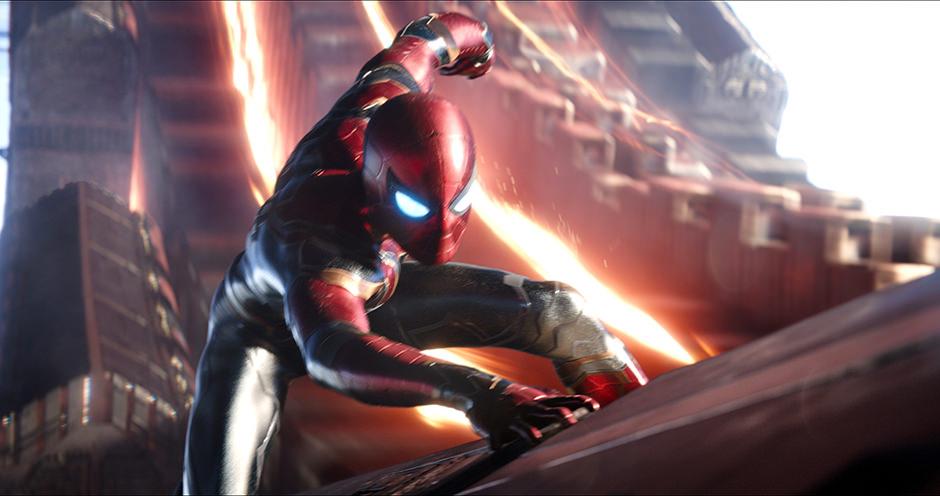 Iron Spider Anzug Avengers Infinity War Titelbild